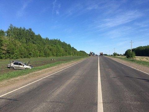Две женщины погибли в ДТП с грузовиком в Сеченовском районе (3)