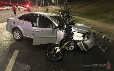 Молодые мотоциклист с пассажиркой погибли в ДТП в Волгограде