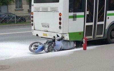 В Колпинском районе Петербурга в ДТП пострадал мотоциклист