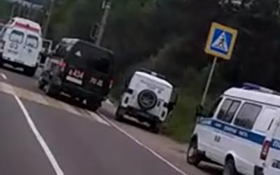 В Тынде мусоровоз сбил женщину с ребенком и скрылся