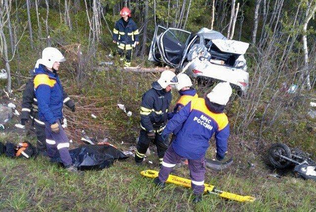 В ДТП с мотоциклом под Мурманском погибли два человека (1)