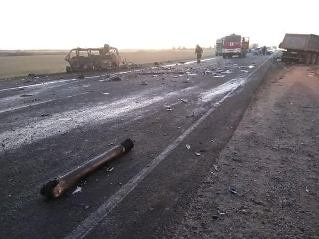 В ДТП с микроавтобусом под Славянском-на-Кубани погибли люди (5)