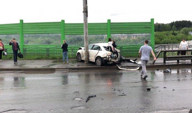 Более 10 автомобилей попали в ДТП в Томске (6)