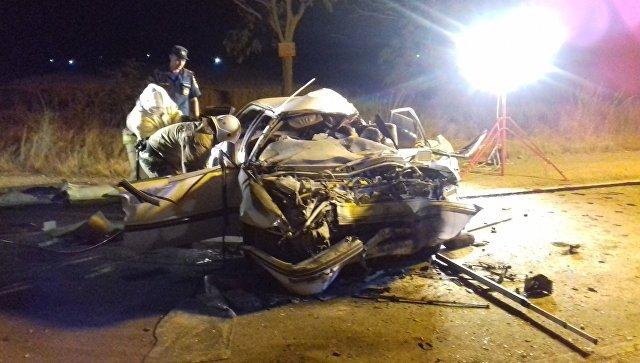 Пять человек погибли в ДТП с грузовиком в Крыму (2)