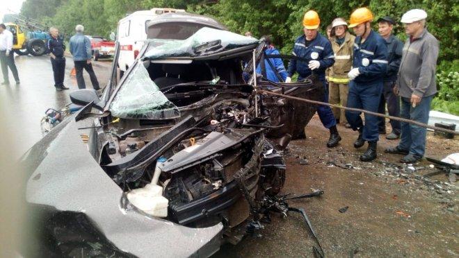 В ДТП в Марий Эл погибли три человека и пострадал 8-месячный ребенок (1)