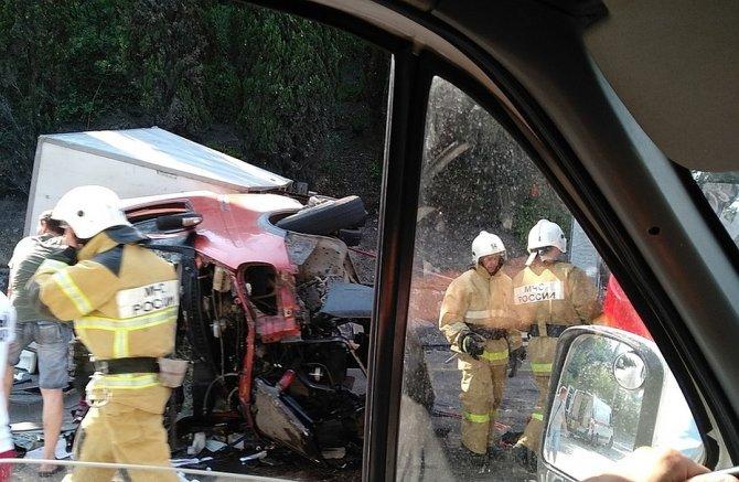В ДТП под Алуштой пострадали три человека (1)