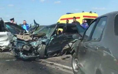 Пять человек пострадали в ДТП под Волгоградом