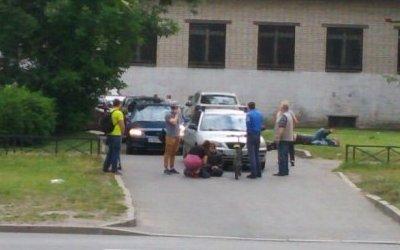 В Петербурге на проспекте Науки автомобиль сбил ребенка