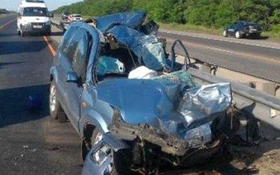 В ДТП с участием Ford Fusion, эвакуатора и бензовоза погибло двое
