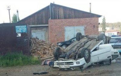 Водитель иномарки погиб при опрокидывании машины в Усть-Илимске