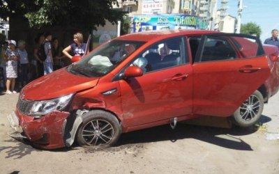 В Тамбове KIA сбила женщину на тротуаре