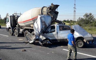На Софийской улице в Петербурге в ДТП погиб водитель