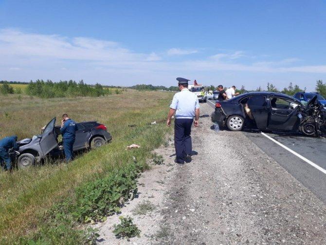 Четыре человека погибли в ДТП в Оренбургской области (3)