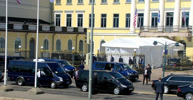Aurus Senat в Хельсинки у президентского дворца