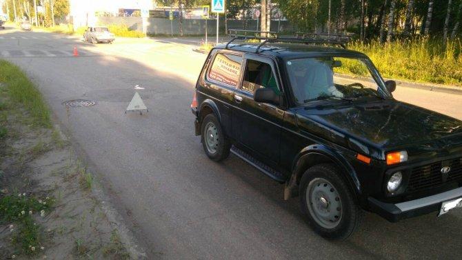 Женщина за рулем «Нивы» сбила двух пешеходов в Сыкрывкаре