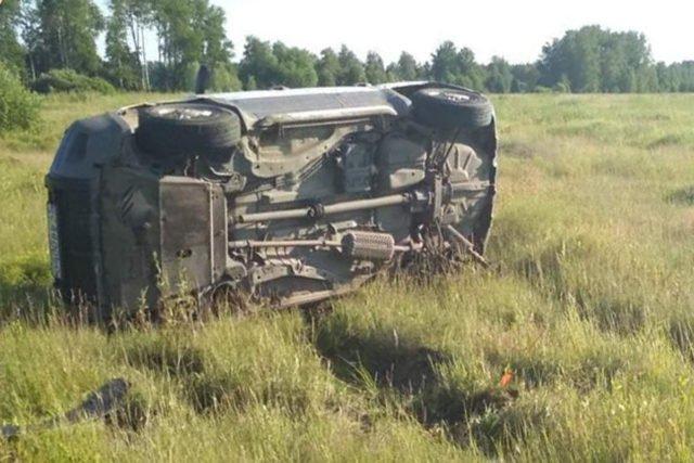 В Тюменской области по вине пьяного водителя погибла пассажирка иномарки (2)