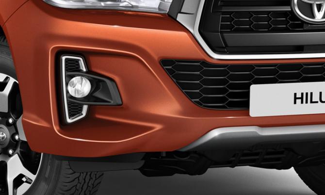 Юбилейный пикап Toyota Hilux Exclusive 2018 9