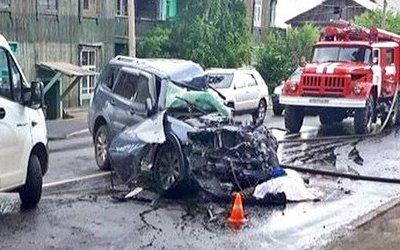 В Красноярске в ДТП с грузовиком погиб человек