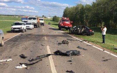 Водитель иномарки погиб в ДТП в Татарстане