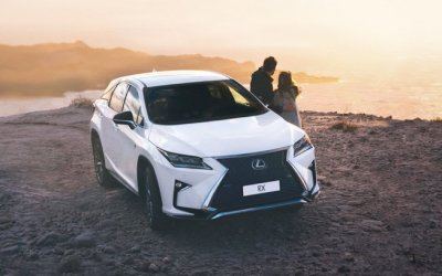 В новый сезон – на чистом Lexus!
