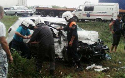 Два человека погибли в ДТП с фурой под Вольском