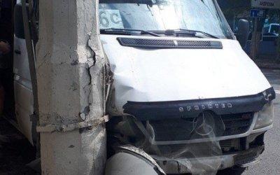 Пассажиры маршрутки пострадали в ДТП в Волгограде