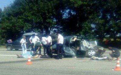 Два человека погибли в ДТП с бетономешалкой в Курганинском районе