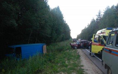 В ДТП под Костромой пострадали три человека