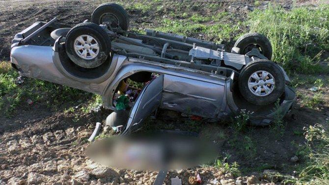 Женщина-водитель погибла в опрокинувшейся машине в Рязанской области (1)