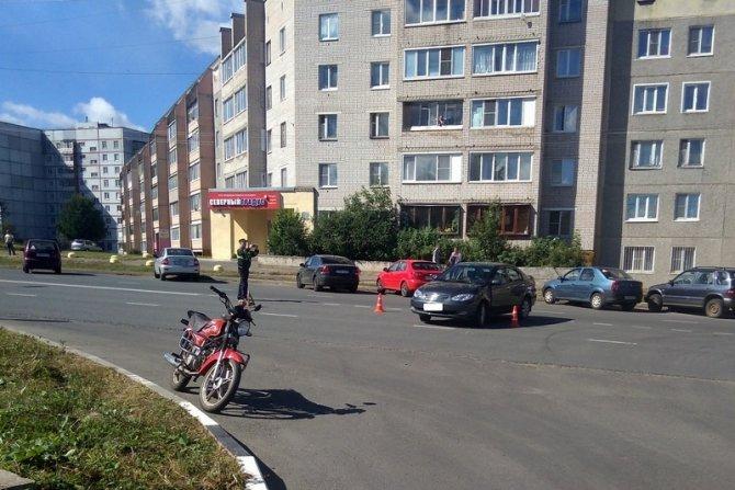 13-летний мотоциклист пострадал в ДТП в Череповце (2)