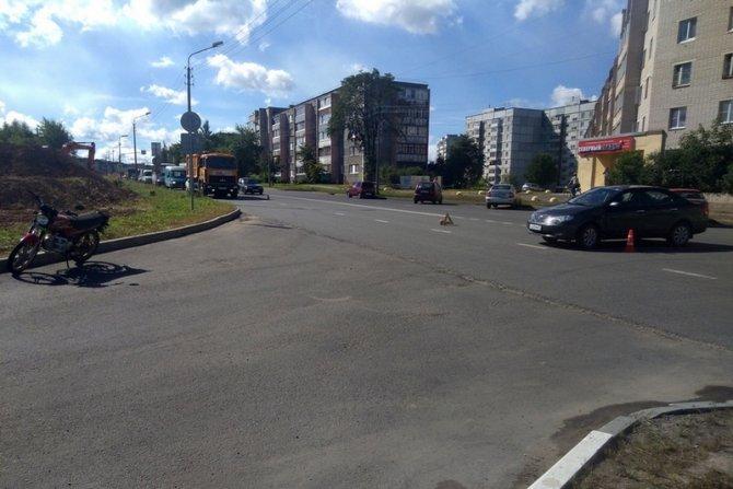 13-летний мотоциклист пострадал в ДТП в Череповце (3)