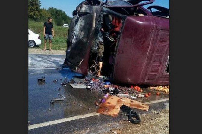 Двое взрослых и подросток погибли в ДТП на Кубани  2