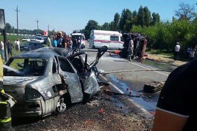Двое взрослых и подросток погибли в ДТП на Кубани 1