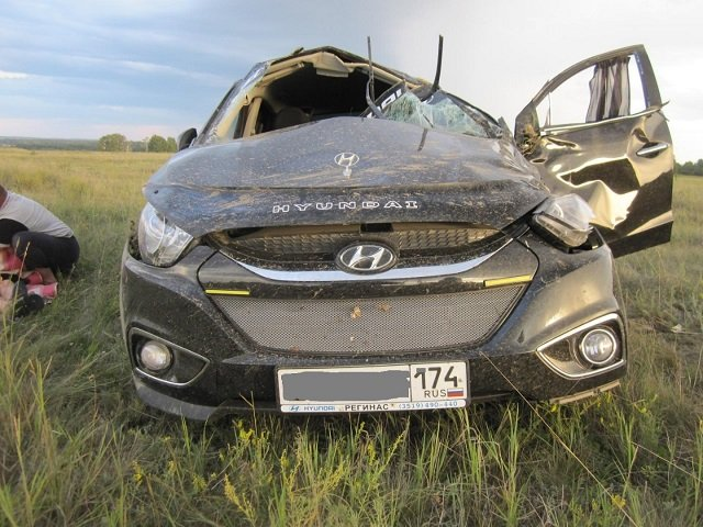 6-летний ребенок погиб в опрокинувшейся машине на Южном Урале (1)