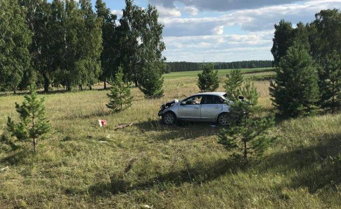 В Башкирии погибла пассажирка опрокинувшейся иномарки (2)