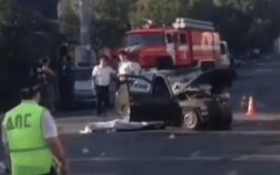 В Краснодаре в ДТП с такси погиб человек