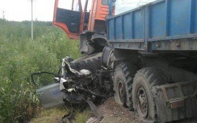 Три человека погибли в ДТП с КамАЗом в Югре