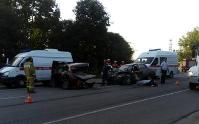 Под Липецком два человека погибли в ДТП