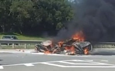 Водитель сгорел в иномарке после ДТП в Смоленской области