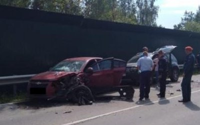 Шесть человек пострадали в тройном ДТП в Тульской области