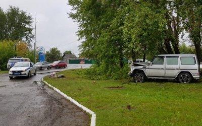В Богдановиче  опрокинулся «Мерседес» - погиб пассажир