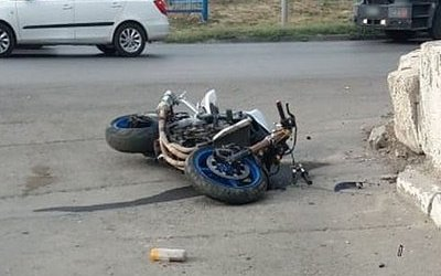 В Ростове мотоциклист сбил пешехода – погибли три человека