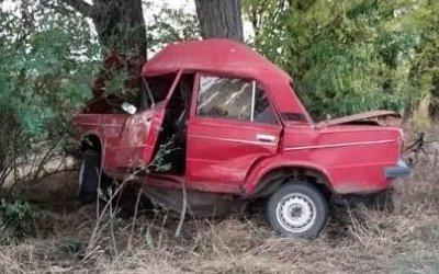 Водитель ВАЗа погиб в ДТП в Калининском районе