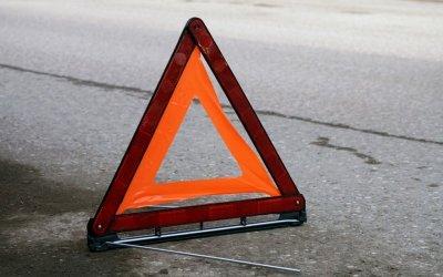 Водитель иномарки сгорел после ДТП с автобусом в Ленобласти