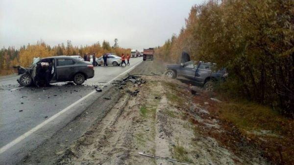 В Пуровском районе в ДТП погиб водитель иномарки (1)
