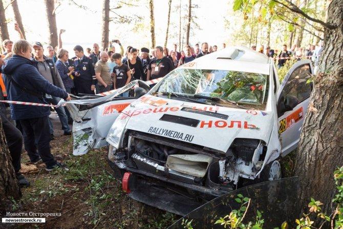 Ралли «Санкт-Петербург - 2018» были остановлены из-за аварии 9