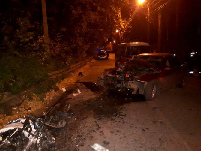 Два человека погибли в ДТП с мотоциклом под Томском (1)