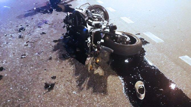 Мотоциклист погиб в ДТП в Сочи (4)