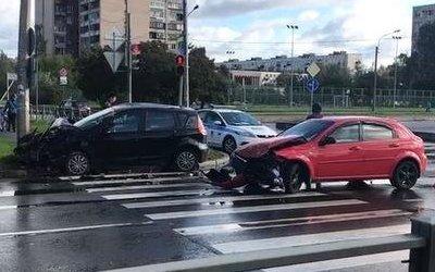 Женщина и ребенок пострадали в ДТП в Колпино