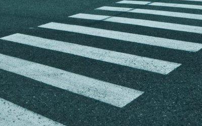 В Петербурге иномарка сбила двух женщин на переходе